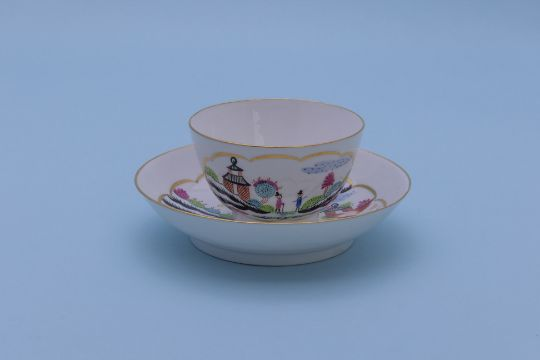 late 18th century tea cup with no handle and oriental scene.jpeg